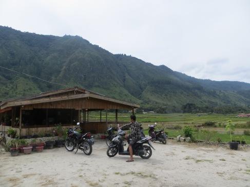 Sumatra lake toba batak