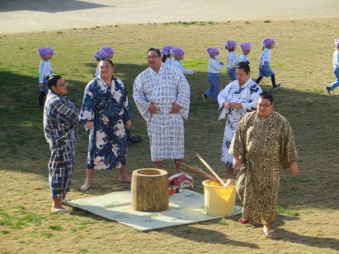 Last week I was given the opportunity to hang out with a bunch of sumo wrestlers.