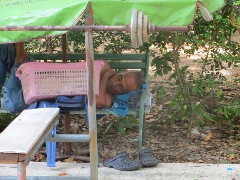 cheap outdoor public gym bangkok