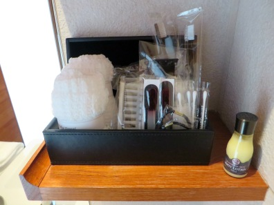 Luxury bathroom kit