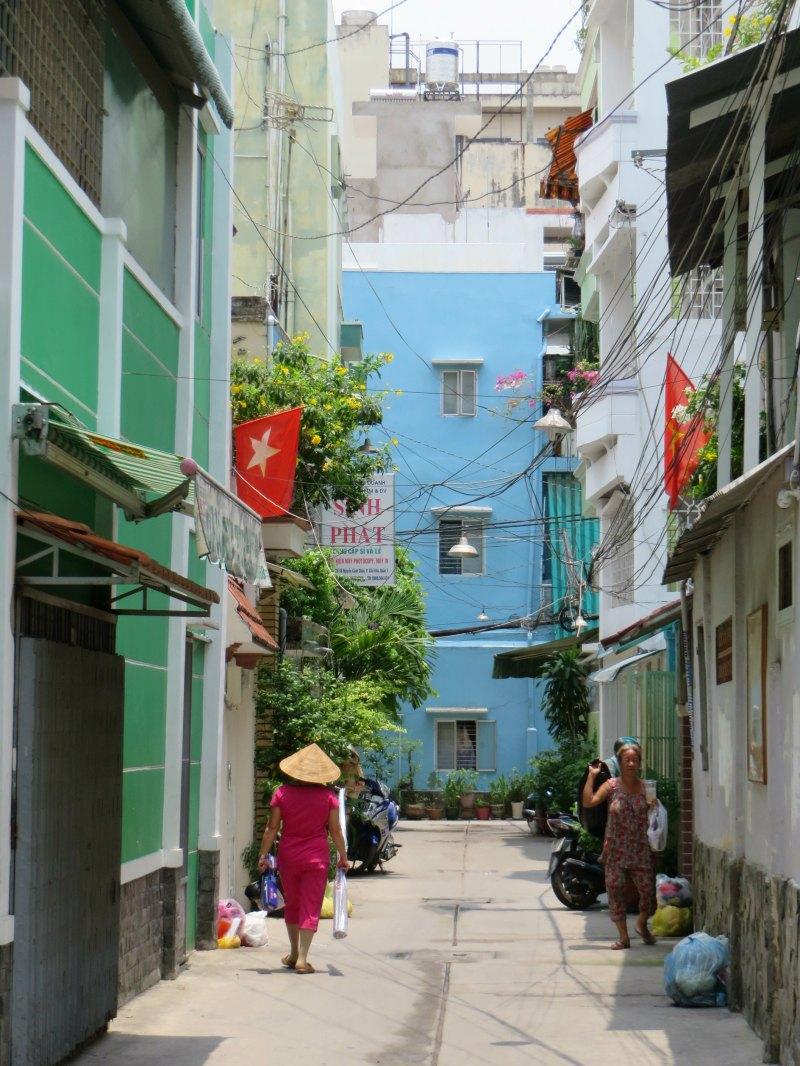 Tran Hung Dao alleyways