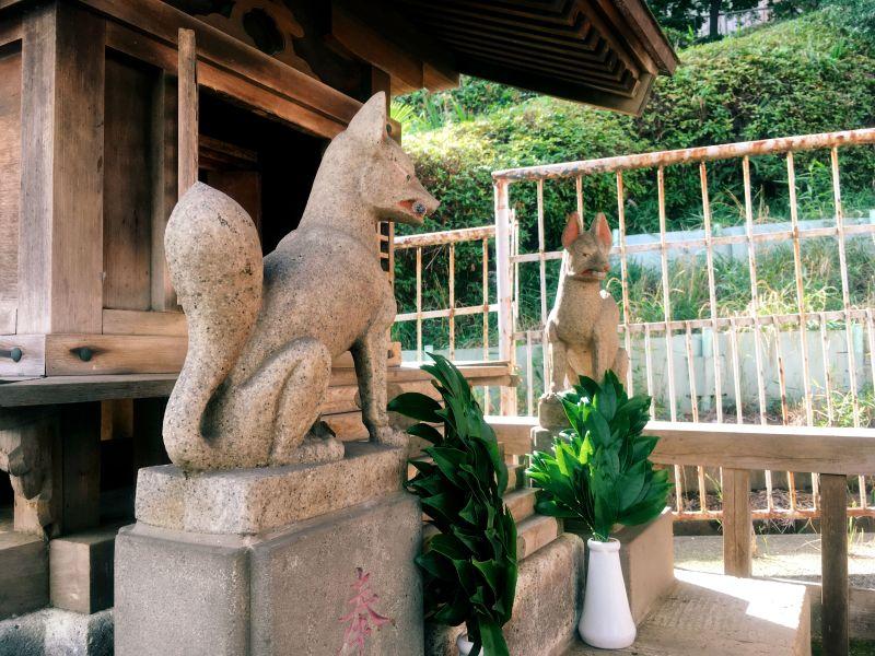 Akabane tokyo small shrine