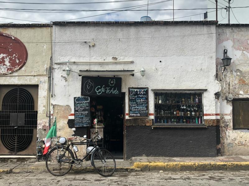 Guanajuato Mexico street cafe