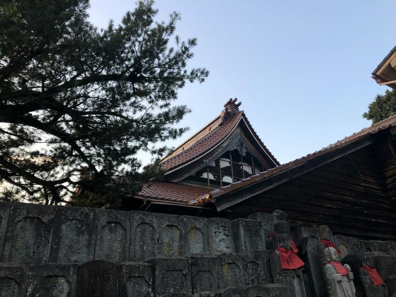 15. Kanazawa trip temple dusk