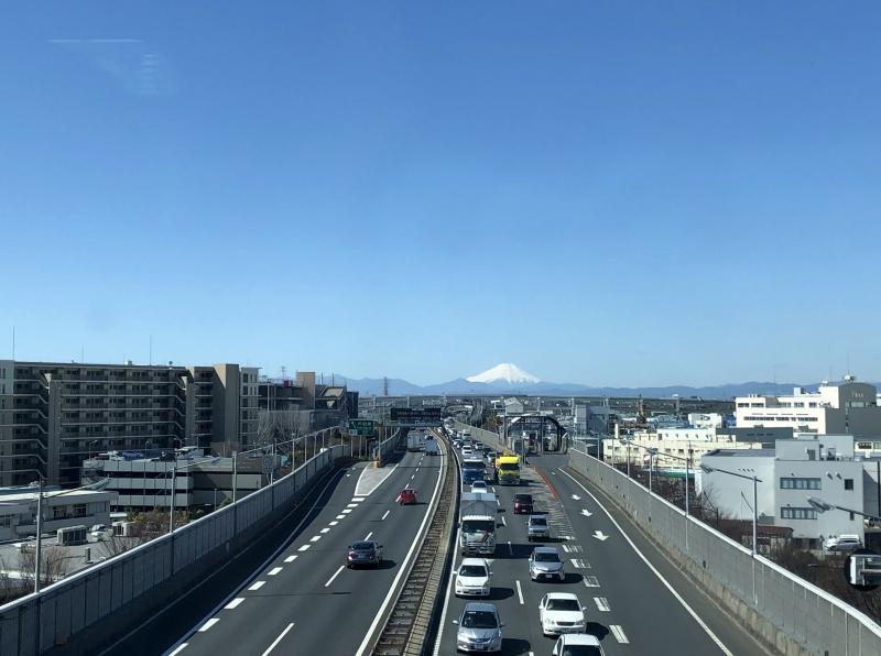 4. Kanazawa trip Fuji from train